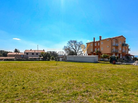 Attractive building land in Novigrad