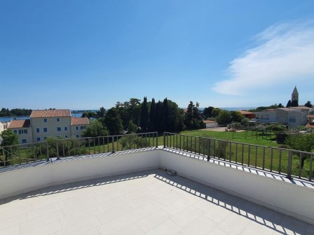 Modern apartment with a beatiful view in Lovrečica