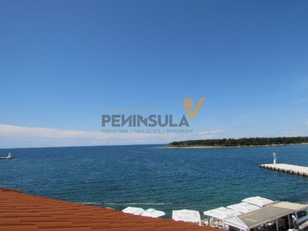 Apartment in the center of Novigrad with a beautiful seaview